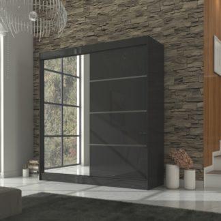 Černá skříň do ložnice 200 cm