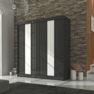 Prostorná černá skříň 210 cm s posuvnými dveřmi